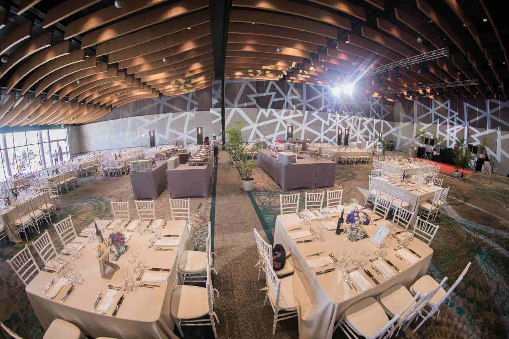 חתונת צהרים בבית מלון, הפקת חתונה בבית מלון עם חלל פנימי