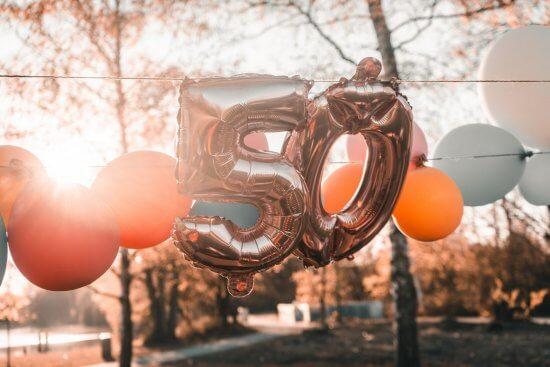 איפה ואיך לעשות יום הולדת 50 לאמא או לאבא