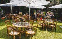 חתונה כפרית בחצר הבית